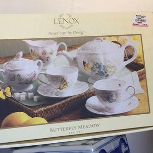Brand New Lenox Tea Set